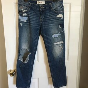 Abercrombie&Fitch ripped jeans
